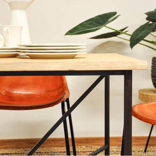 Mesa comedor de madera maciza y acero