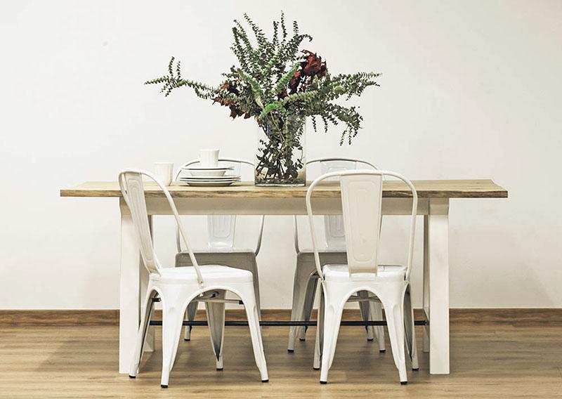 Mesa de comedor de madera mesa comedor mesa comedor for Mesas de cristal y madera para comedor