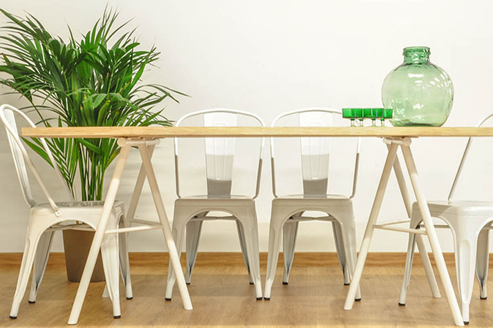 Mesas blancas comedor stunning comedores comedores for Mesa comedor blanca y madera